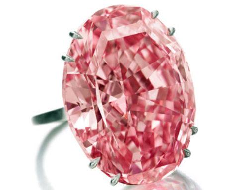 Prijzen van roze en blauwe diamanten stijgen