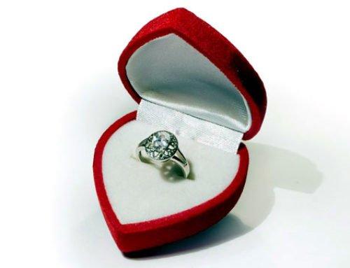 Valentijnsdag: sieraden op kop van de geschenken