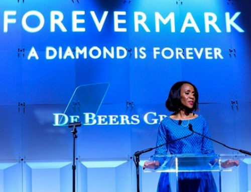 First Lady of Botswana spreekt op JCK Luxury