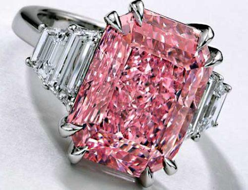 Sotheby's 10,64-kts roze diamanten ring brengt 1,9 miljoen dollar per karaat op