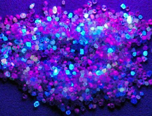 Fluorescentie – een merkwaardige kwestie in de diamantindustrie