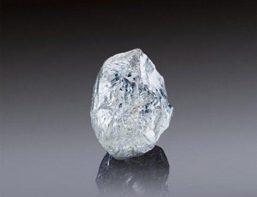 Alrosa biedt op 22/3 een zeldzame ruwe diamant van 242 karaat aan op veiling in Dubai